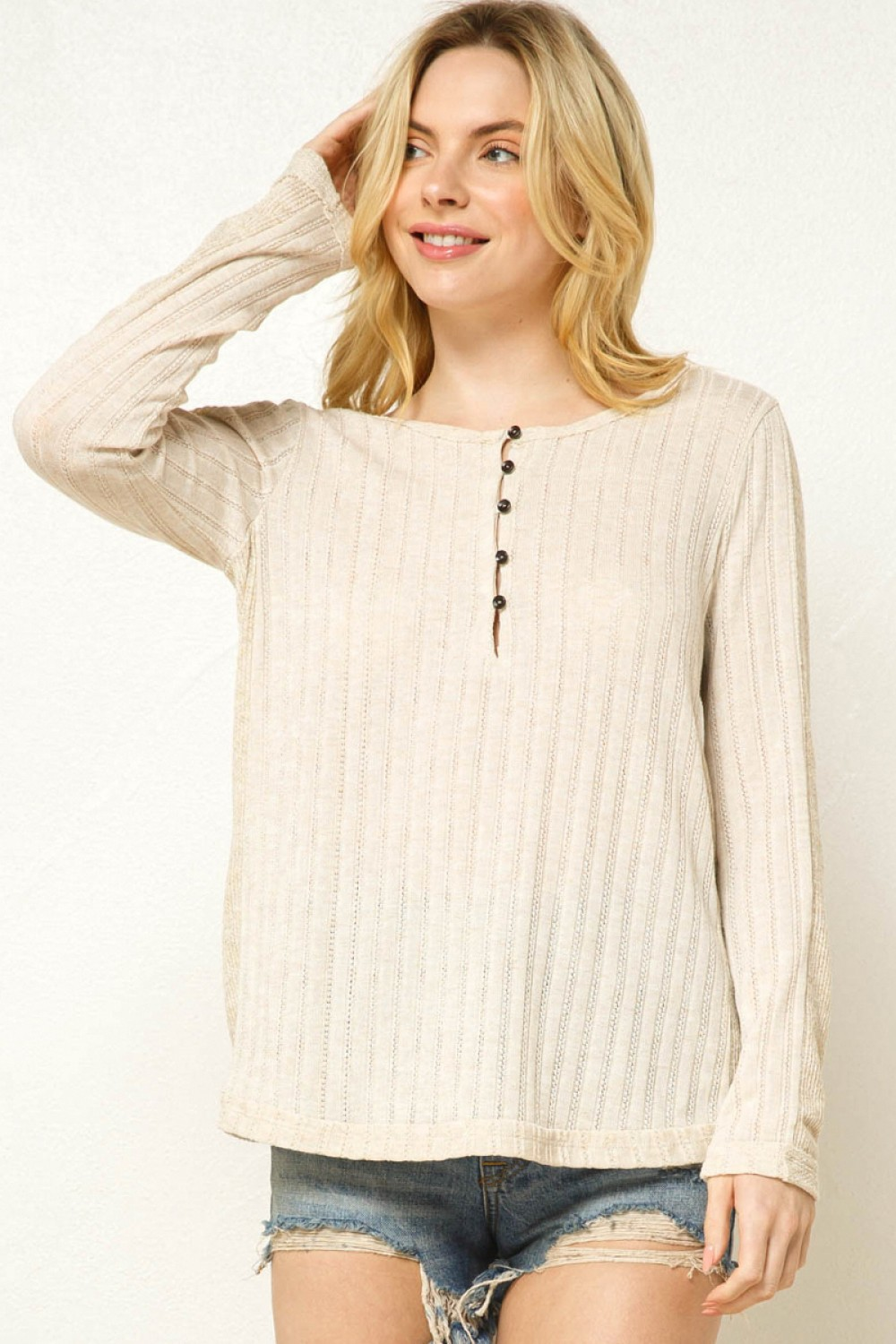 TT3327NSB<br/>Textured Solid Button-up Top
