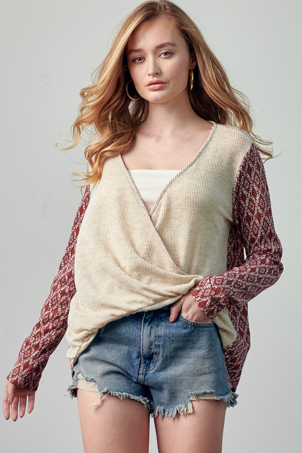 TY10843<br/>Long Printed Sleeve Surplus Top with Contrast Front